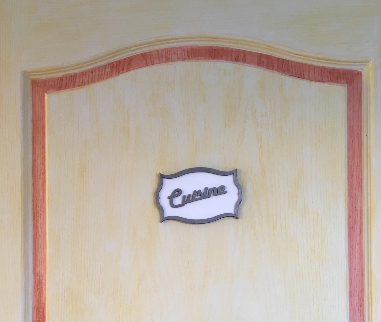 cuisine plaque porte bois