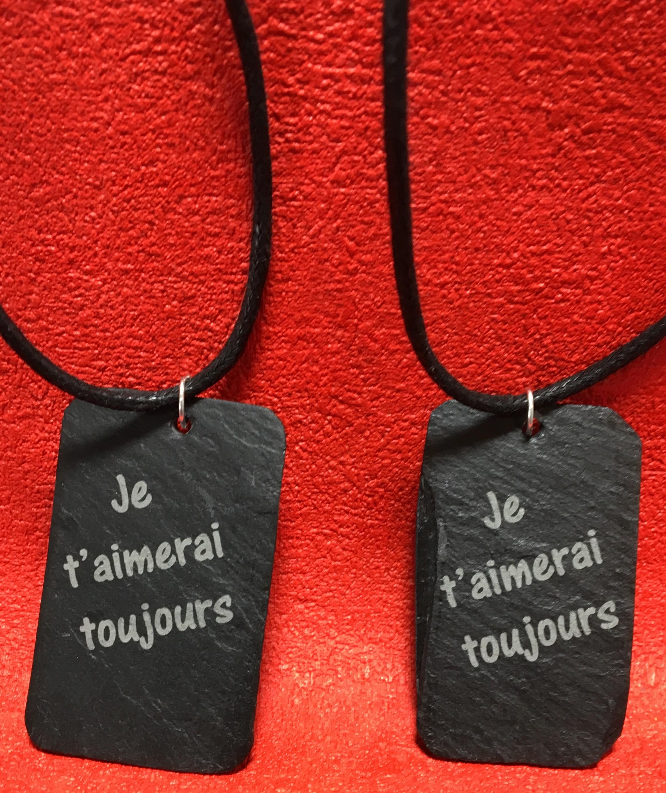 ardoise pendentif gravée St Valentin à personnaliser